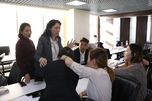 震业集团商学院培训会及2019财年战略启动会2.png
